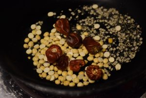 urad dal and chana dal red chillies