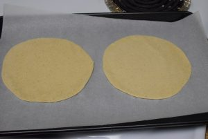 Rotis in tray